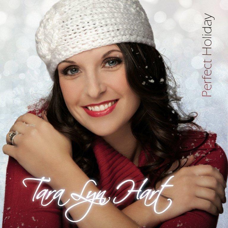 Give a perfect holiday tara lyn hart cd for christmas for Tara holiday pics